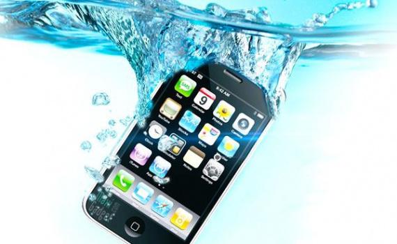 iphone tombé dans l'eau